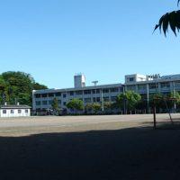 校舎_グランド側2